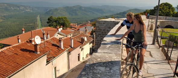 Cycling_Parenzana_Istria_Motovun