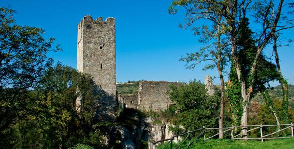 NW-Istria-Buje-Momjan-Castle